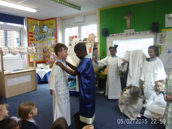 Class 2 act out ' Good News for Zacchaeus '