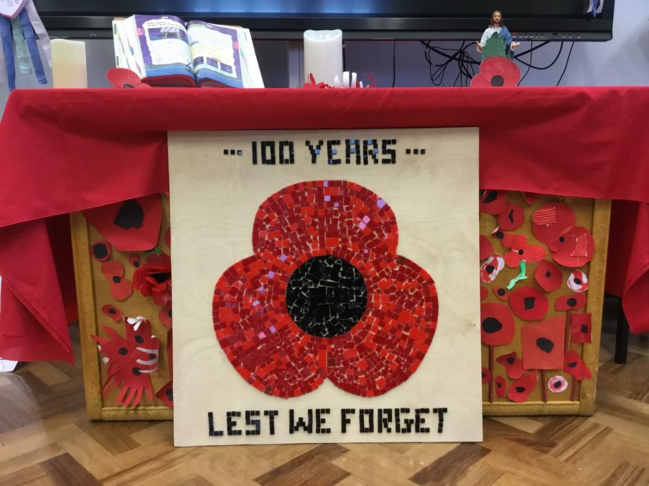 Remembrance 2018 -whole school project- Miss Duong