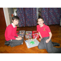 Yr 4 children build a boxing ring and stands.