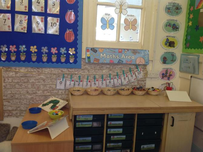 Counting and sorting in Birch classroom
