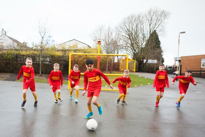 Holy Souls Roman Catholic Primary School Blackburn | Wilworth Crescent, Blackburn BB1 8QN | +44 1254 249892