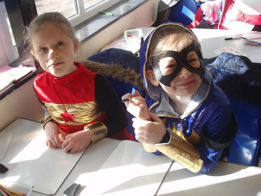 Wonderwoman and Batwoman
