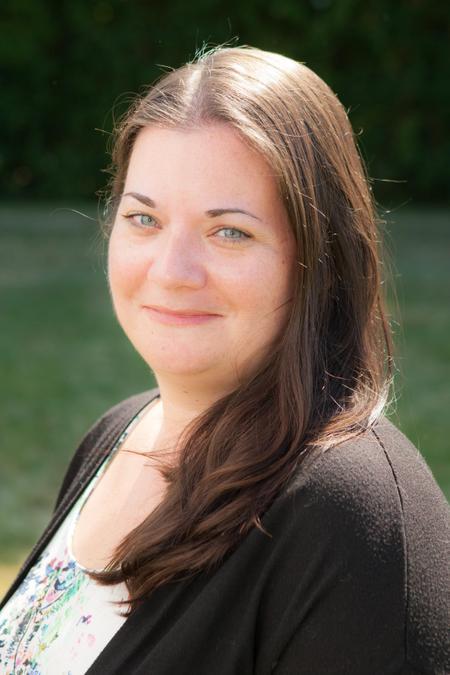 Miss L Henderson - Class Teacher