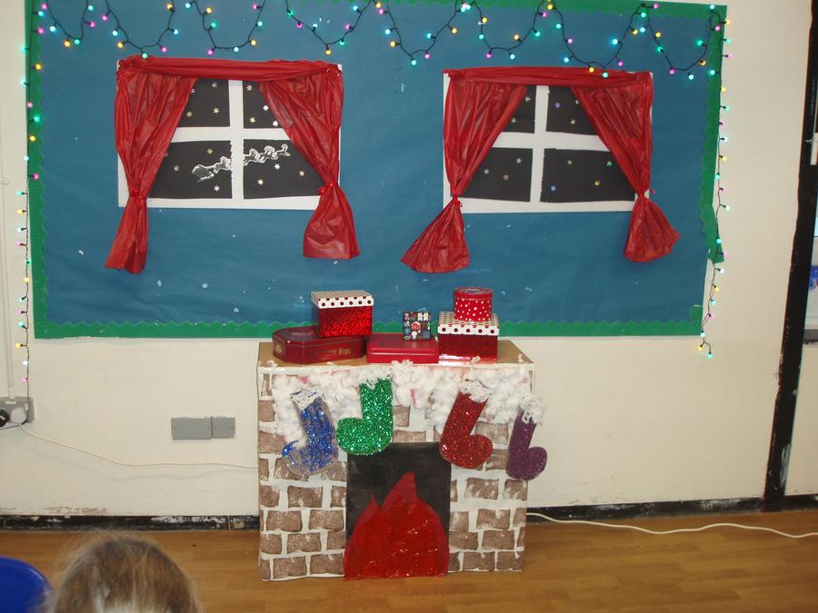 We all took part helping in one way or another to make our Christmas scene.