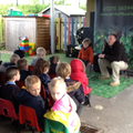 A visitor came to show EYFS some animals!