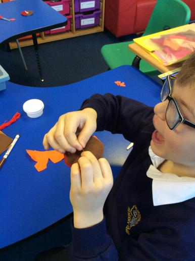 We are making a Robin bookmark.