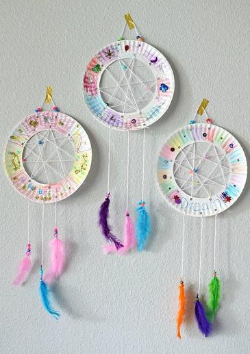 Dream catcher from a paper plate
