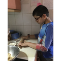 Kanav Making Chappatis