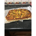 Zamar made a pizza! Yummy :)