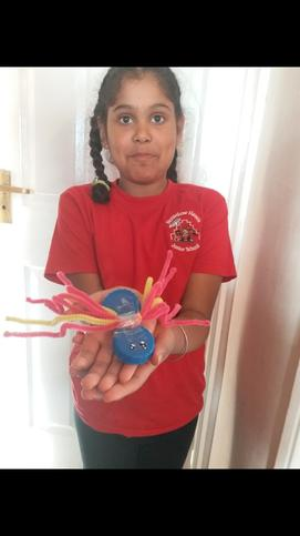 Jasnoor makes a spider for real!