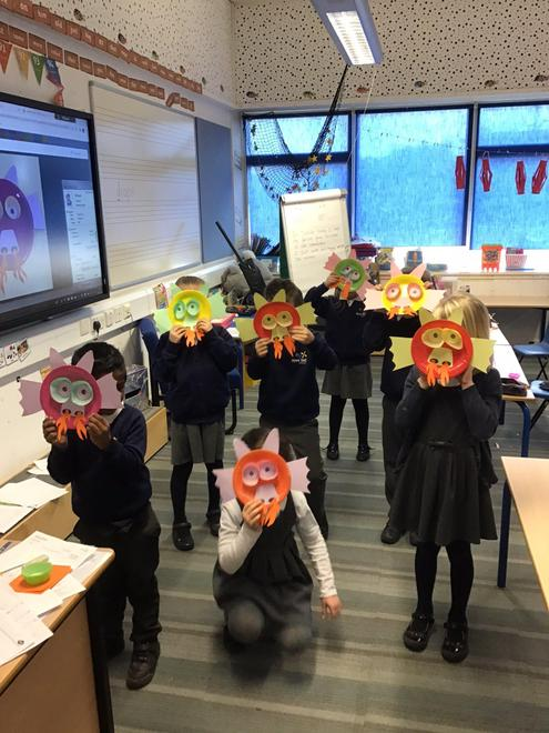 We made dragon masks and red paper lanterns.
