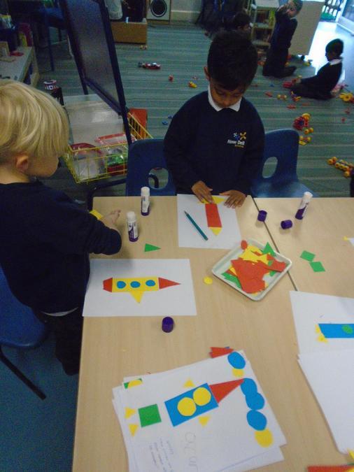 Making 2D shapes rockets
