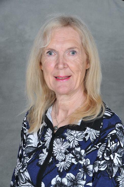 Mrs L Whitfield, Lunchtime Supervisor