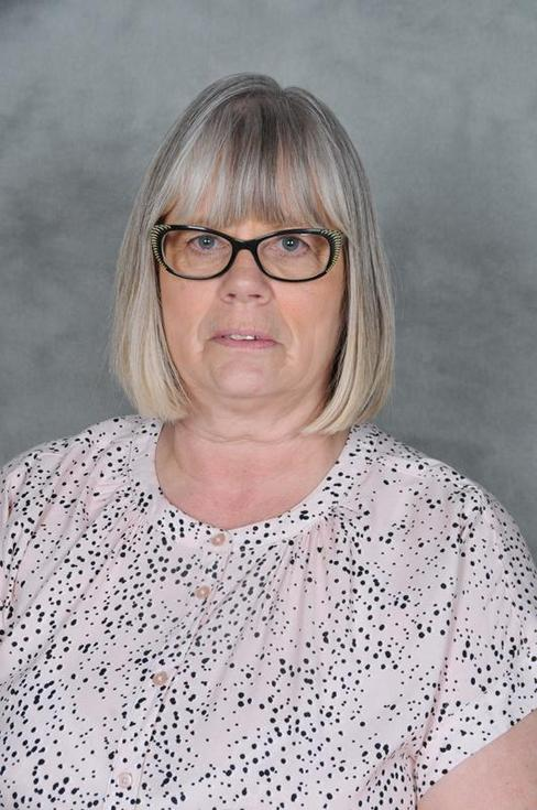 Mrs A Bagguley, Lunchtime Supervisor / Senior Cleaning Staff