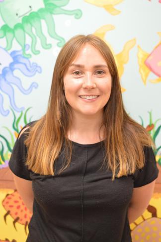 Jess Ellis- Teaching Assistant