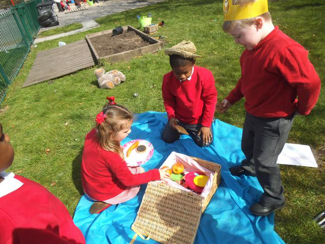 A picnic for Goldilocks and the Three Bears
