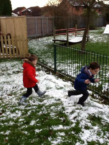 We had lots of fun exploring winter in the garden