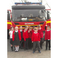 Yr 4 infront of a Fire engine