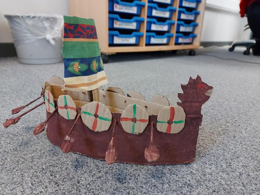 Isla A's Longboat