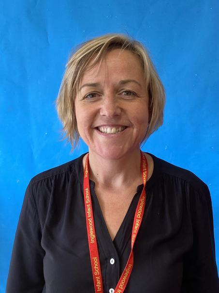 Mrs Rawling- Year 2 Teacher
