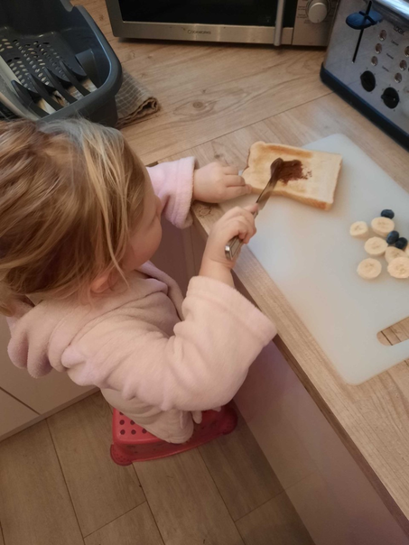 Making bear toast!