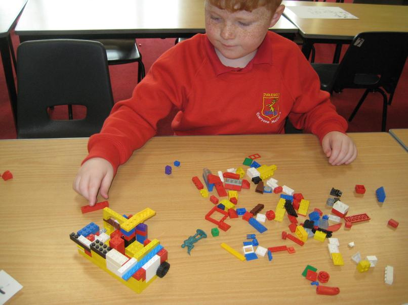 making houses with lego