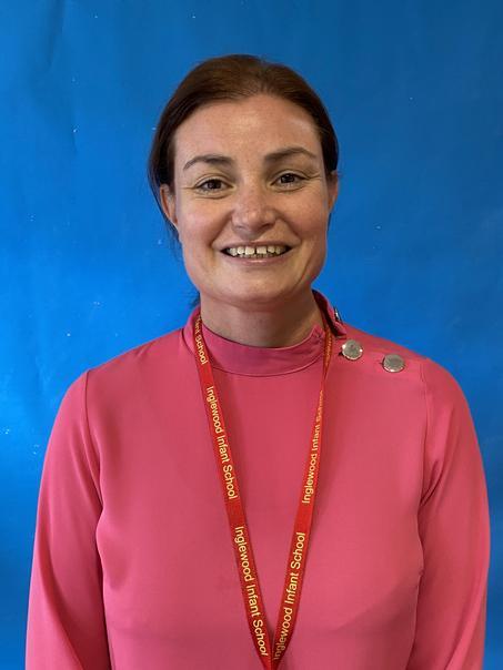 Mrs Bardgett- Elm Class Teacher