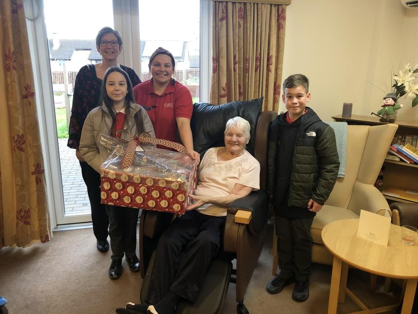 Visiting Pennine Lodge with Christmas hampers.