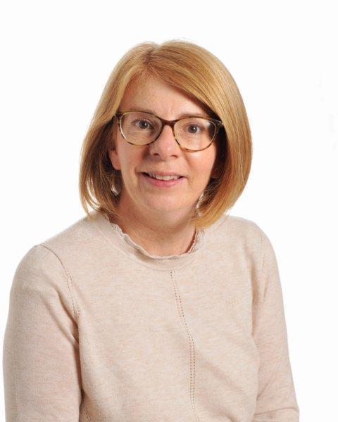 Julie Oneil - Senior Teaching Assistant
