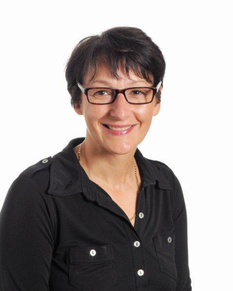 Lauretta Giovannini - Senior Teaching Assistant