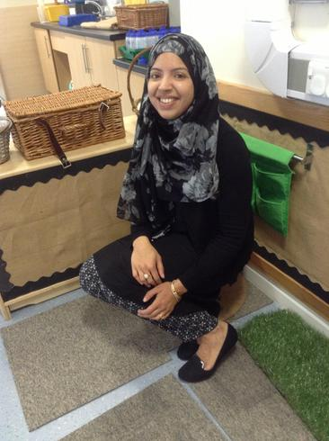 Mrs Akhtar- Nursery Yellow teaching assistant
