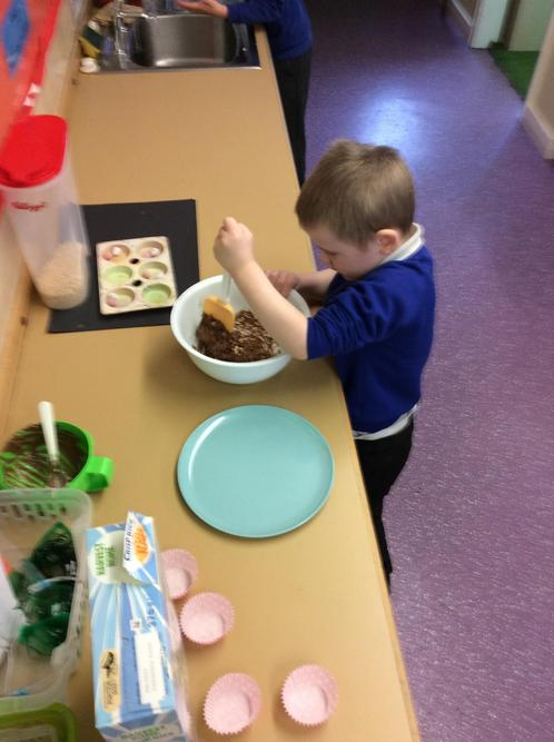 We made Easter nests.