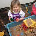 Making sand birthday cakes!