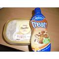 Ice cream & chocolate sauce. Mmmmmm!