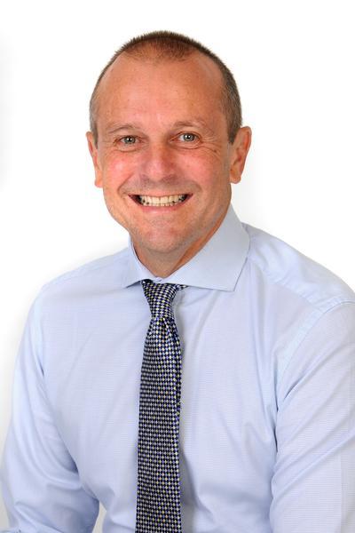 Mr S Lloyd