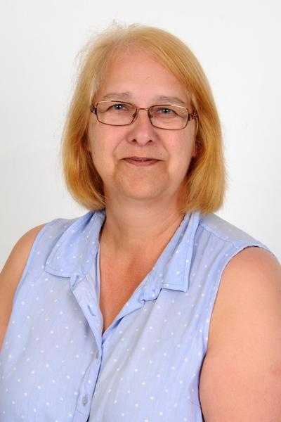 Mrs M Hilder