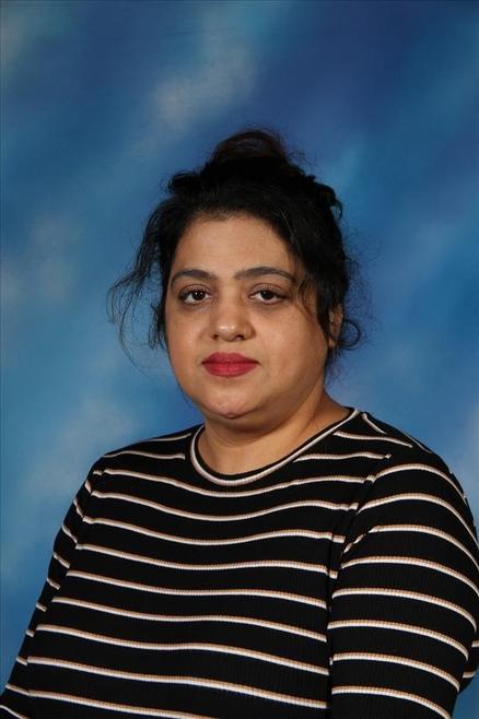 Mrs Davinder Nandhra - School Cleaner