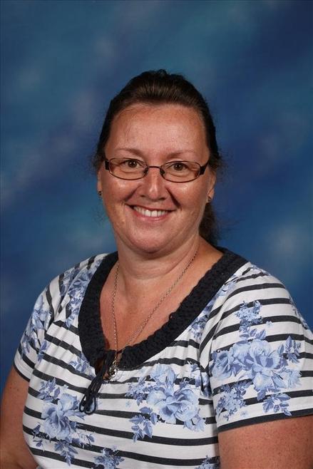 Mrs Steph Pounder - Year 4 Heather