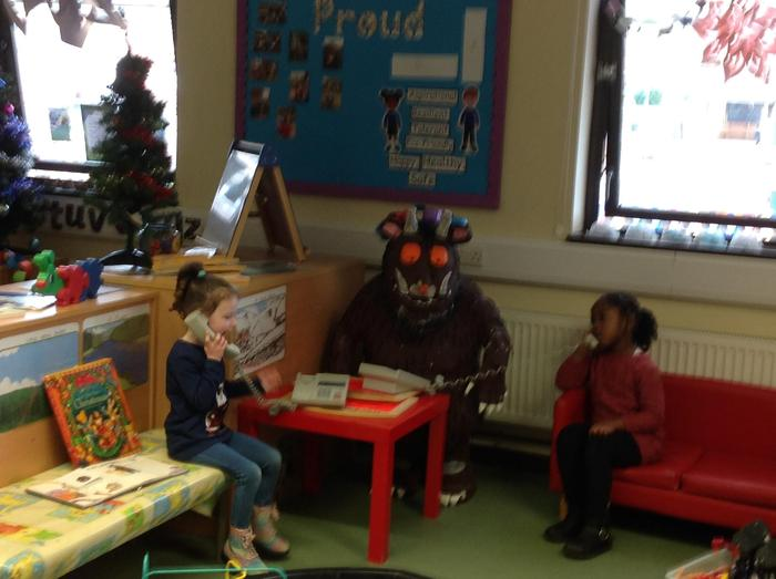 So much to talk about, not sure what the Gruffalo thinks!