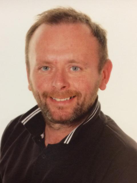 Mr Brad Burrow, Guitar Teacher