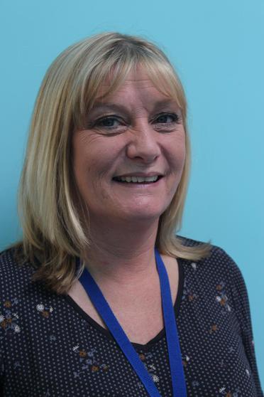 Mrs Shona Hirst