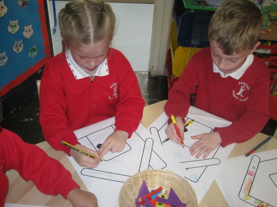 Designing gingerbread houses with shape 'sweets'