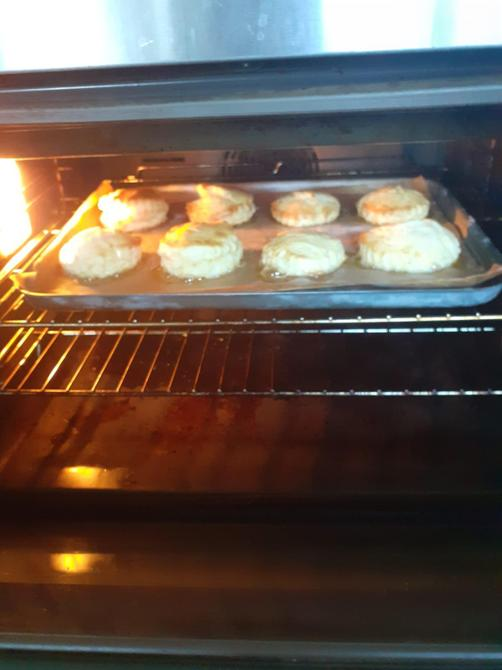 Evie's baking