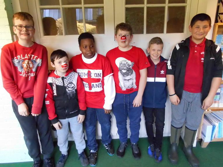 Year 6 boys in red