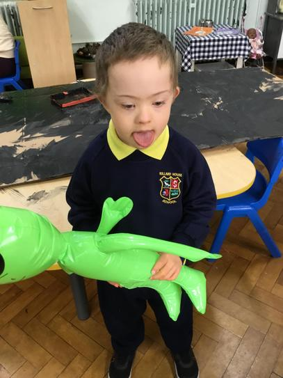 Jake has made friends with our P2 alien.