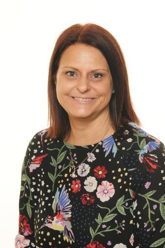 Mrs Shelton- Class Teacher- Year 4