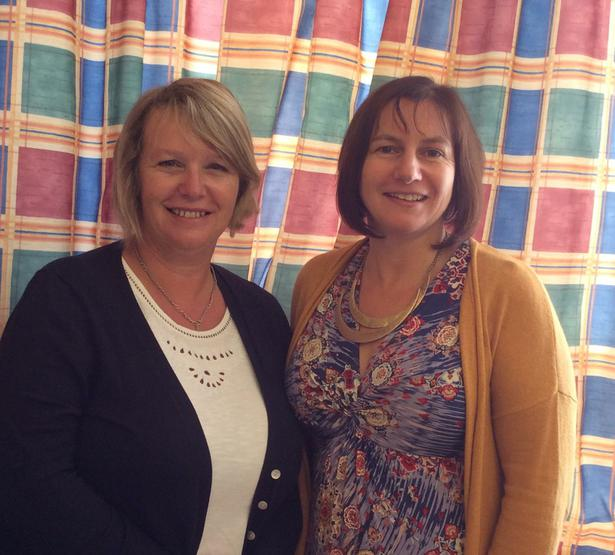 Mrs Hylands ( classroom assistant ) and  Mrs Henning ( teacher ) 1