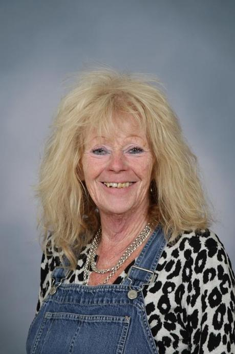 Mrs L Humphris - HLTA / Assistant SENCO
