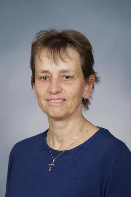 Mrs L Mollington - SEN 1:1 Teaching Assistant