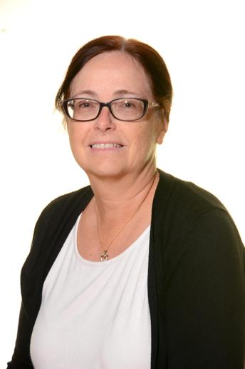 Mrs Cross - Year 5&6 Higher Level Teaching Assistant